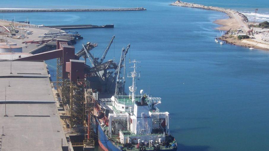 Quequén exportó más de 262 mil toneladas de granos
