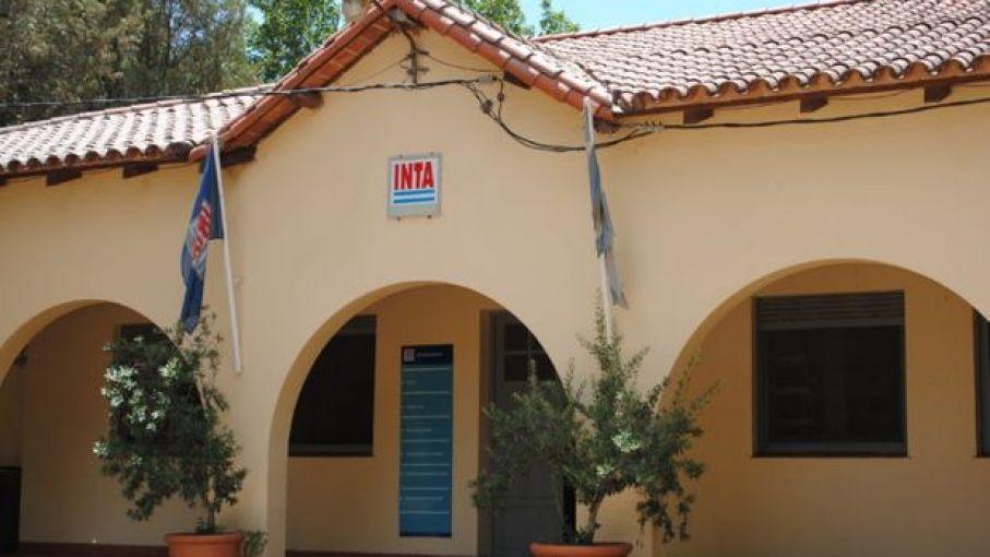Trabajadores del INTA, rechazan proyecto de cesión de tierras